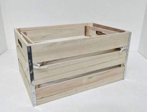 Cassetta legno naturale angoli zincati con fodera