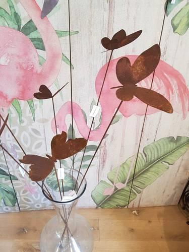 Farfalla su stelo ferro ruggine 120h da giardino
